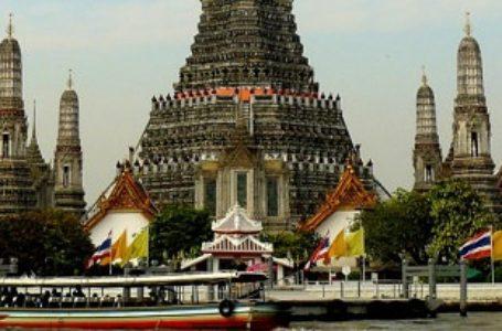 """Cosa vedere a Bangkok: viaggio nella """"città degli angeli"""""""