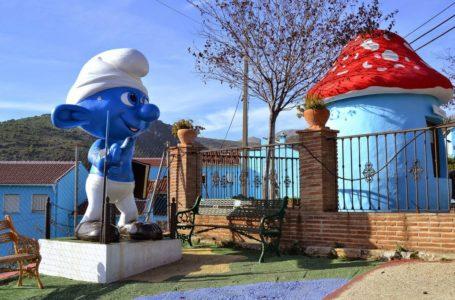 Jùzcar, il villaggio dei Puffi in Spagna