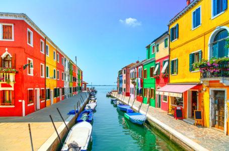 Viaggio a Burano, l'isola dei colori